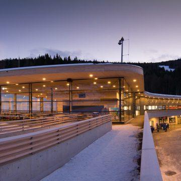 Skiarena Winter Beleuchtung Web