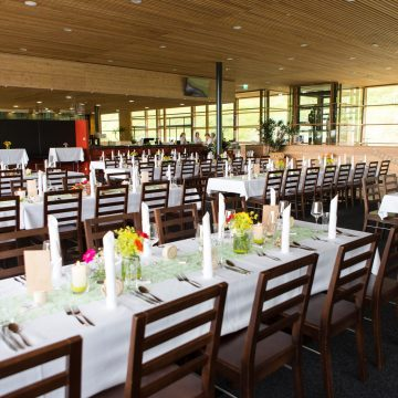 Tisch_Hochzeit_Deko_Ueberblick